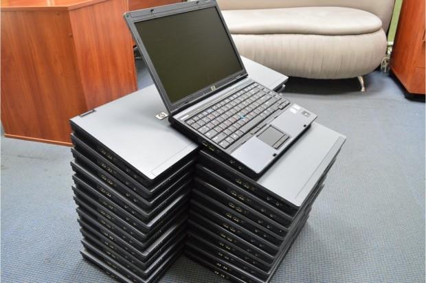 Минский предприниматель незаконно вёз вБеларусь 84 ноутбука