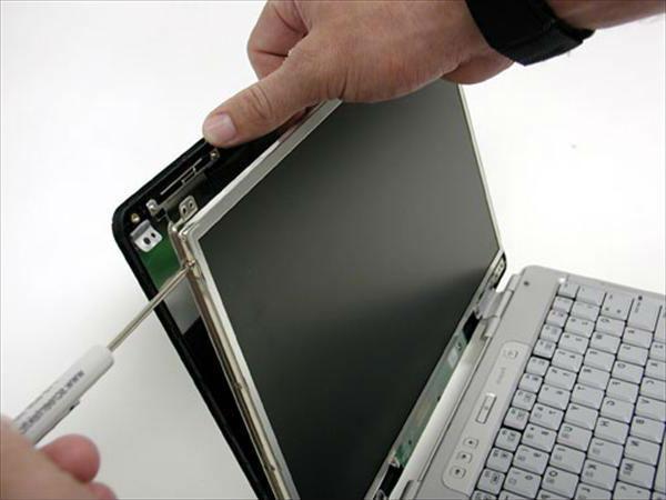 Замена матрицы на ноутбуке Dell в СПб