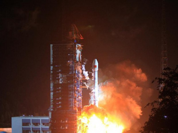 1-ый спутник государственной системы мобильной связи был запушен в КНР